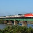 早出川鉄橋を行くDD53ばんえつ物語号