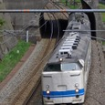 県境を行く普通列車