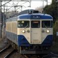 青堀駅に進入する113系