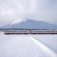 南部富士を横切るキハ58