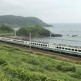 日本海沿いを快走する「くびき野」