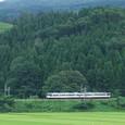 矢引坂を下る普通列車