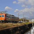 富士の麓を行く岳南鉄道7000形