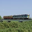 小櫃川鉄橋を渡る久留里線ディーゼルカー
