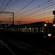 夕焼けの帰宅電車