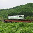 木古内川を渡るキハ40
