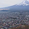 富士山へ向かう「ホリデー快速富士山」