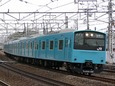 山崎駅を後にする201系
