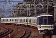須磨海岸のS字を行く221系快速