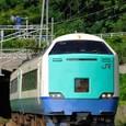 夏色の特急電車