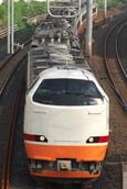 新宿へ回送される485系