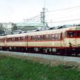 奈良線を行くディーゼルカー